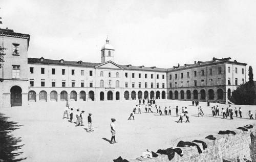 « La terrasse » (vue de la cour du petit séminaire de Verrières).
