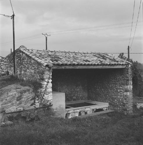 Petit lavoir de La Font à Réauville.