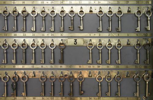 Détail de l'armoire à clefs dans la salle des coffres