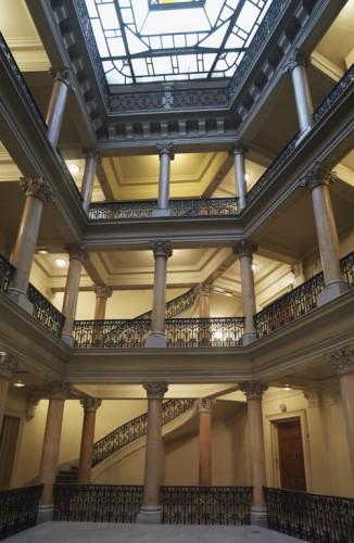La partie supérieure du hall du Grand Hôtel de Lyon