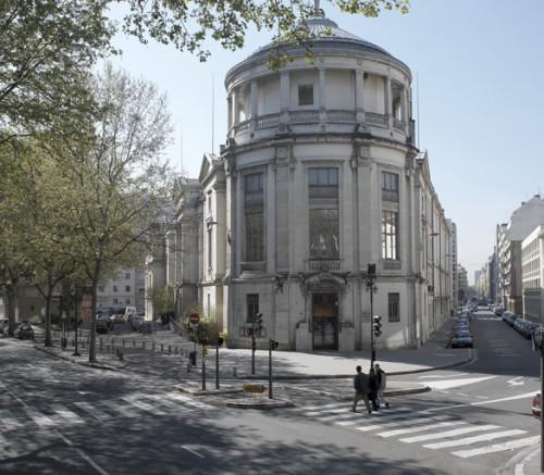 Le musée Guimet avec la rotonde au premier plan, depuis le boulevard des Belges, état en 2005