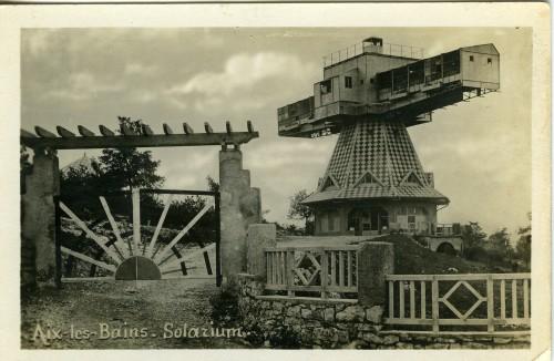 Solarium tournant. Années 1930. © Archives municipales d'Aix-les-Bains.